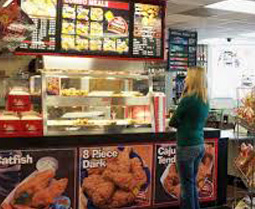 Premium Pizza, Chicken, Subs, Wings & Ribs: 24-Hour | Hartland Mobil in Fenton MI - chicken2